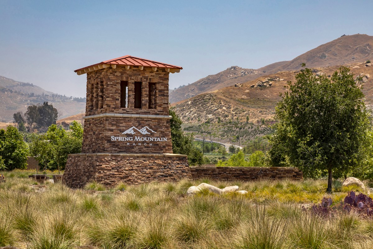 New Homes in Riverside, CA - Santa Barbara at Spring Mountain Ranch Entry Monument