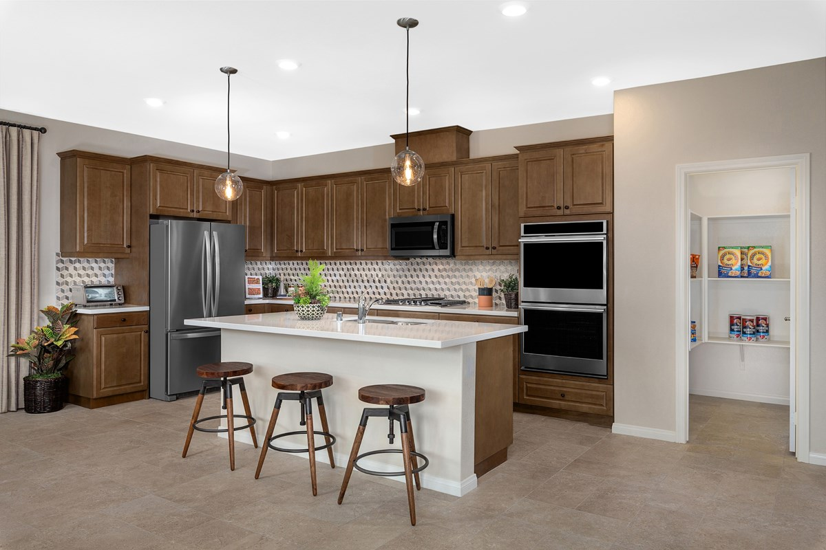 New Homes in Riverside, CA - Carmel Ridge at Spring Mountain Ranch Residence Five - Kitchen