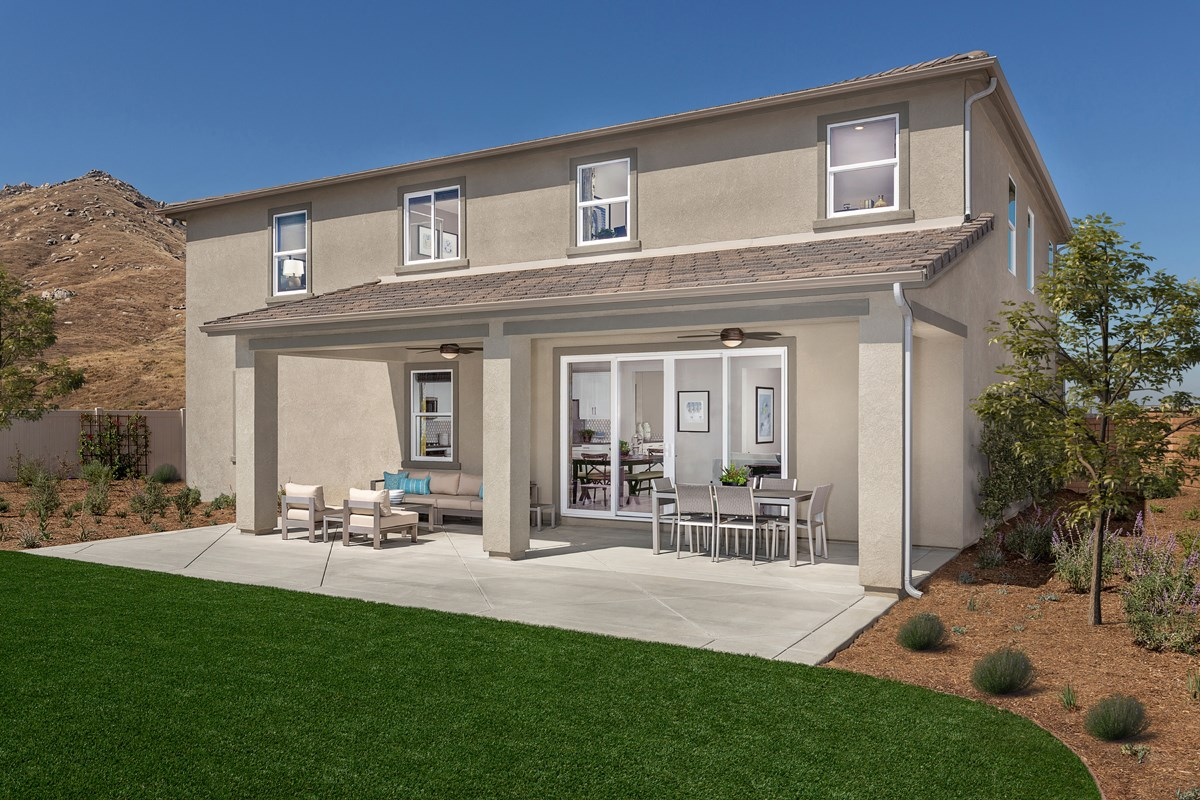 New Homes in Riverside, CA - Carmel Ridge at Spring Mountain Ranch Residence 3228 - Patio