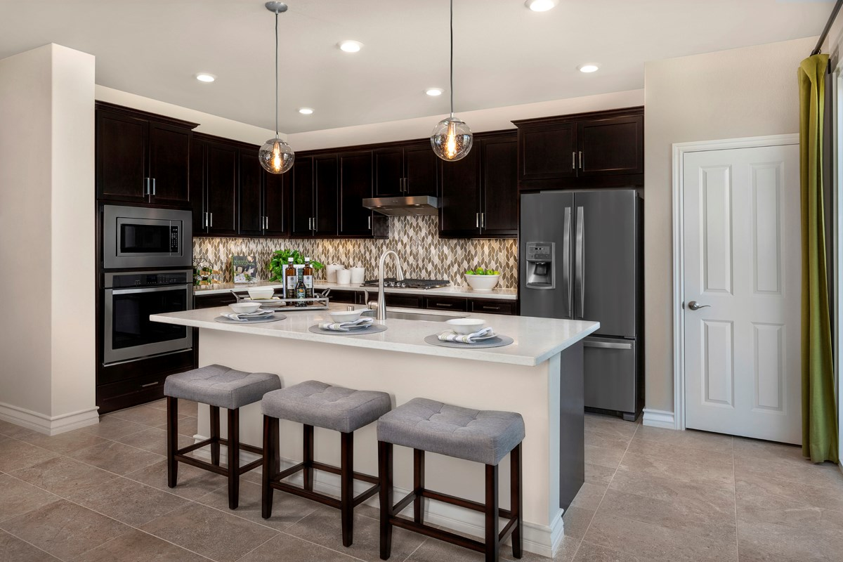 New Homes in Murrieta, CA - Westpark Residence 1750 - Kitchen