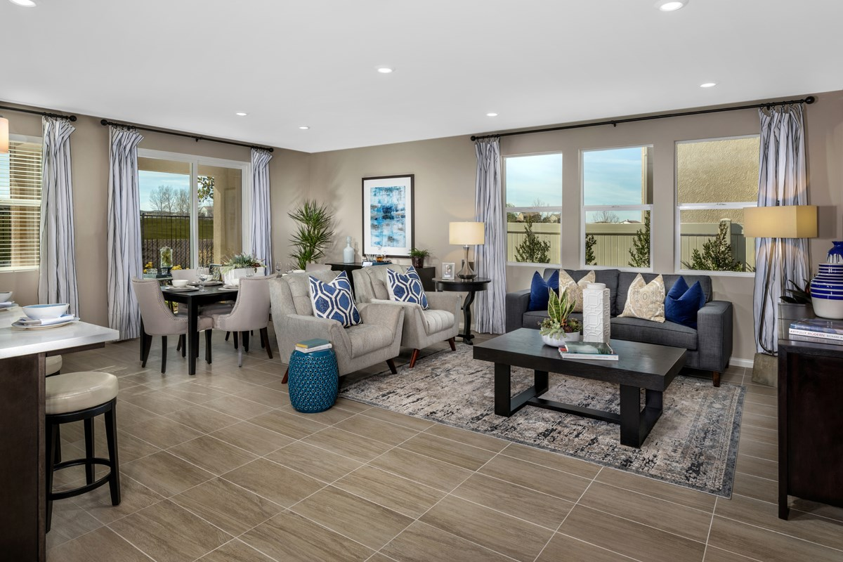 New Homes in Beaumont, CA - Cherry Blossom at The Fairways Residence 1718 - Great Room