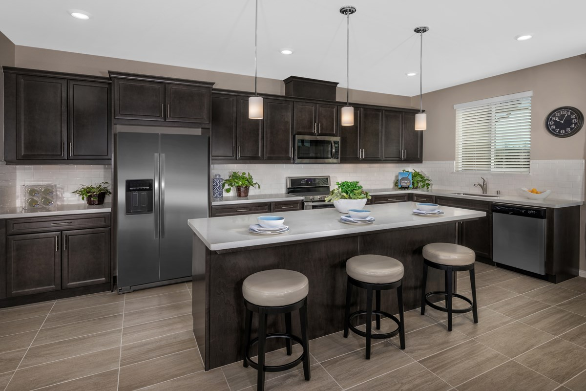 New Homes in Beaumont, CA - Cherry Blossom at The Fairways Residence 1718 - Kitchen
