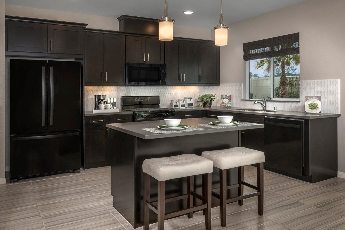 New Homes in Menifee, CA - Cypress at Hidden Hills Residence 1575 - Kitchen