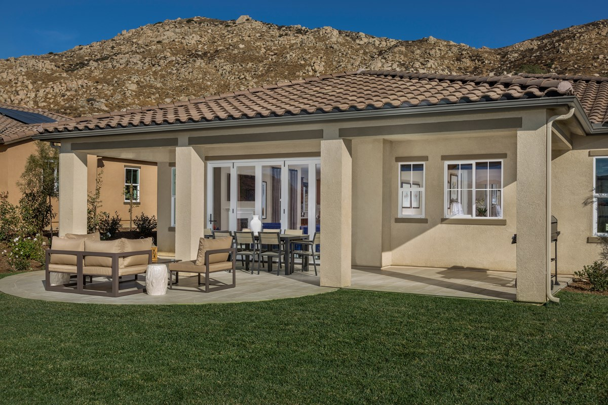 New Homes in Moreno Valley, CA - Daybreak Residence 2159 - Patio