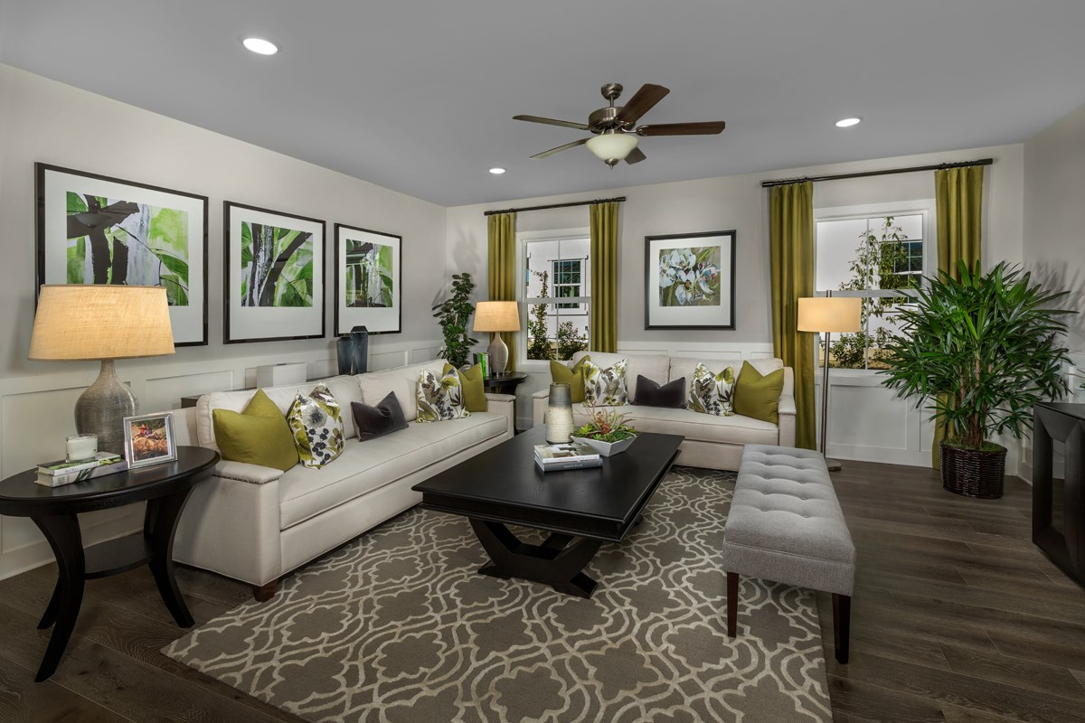 New Homes in Moreno Valley, CA - Daybreak Residence 2977 - Flex Room