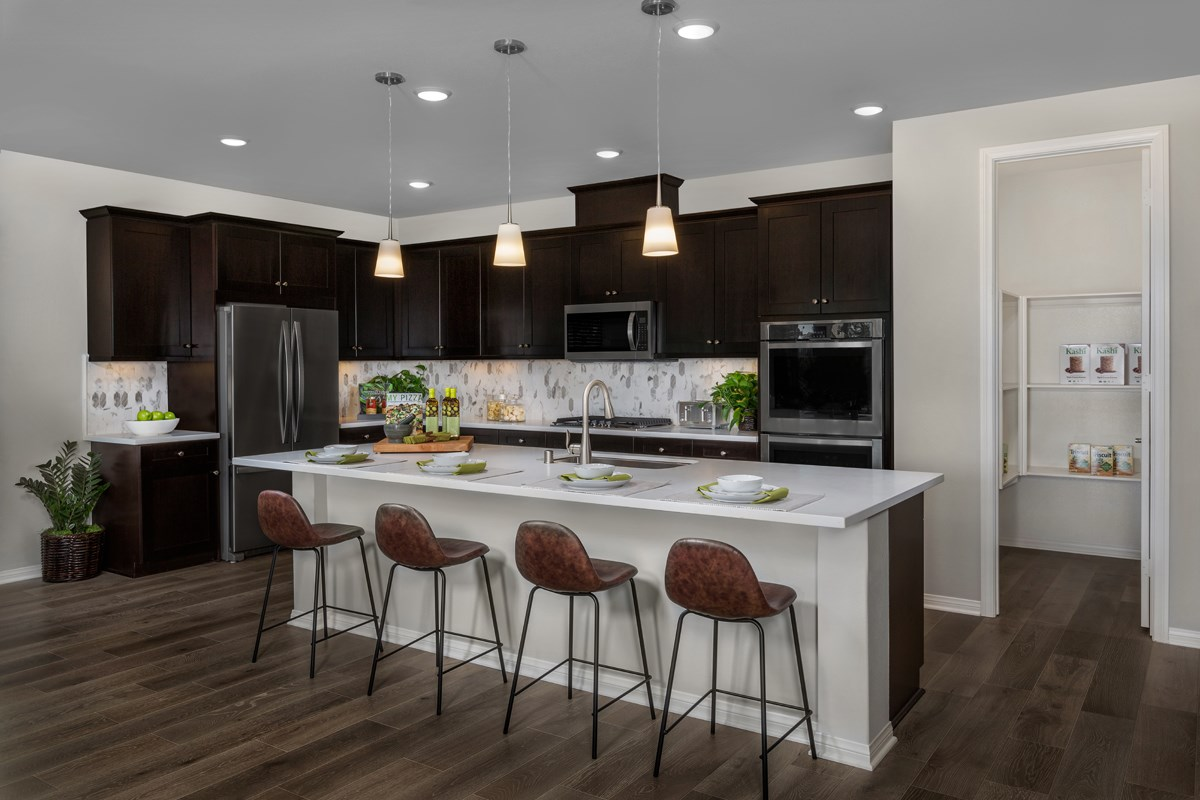 New Homes in Moreno Valley, CA - Daybreak Residence 2977 - Kitchen