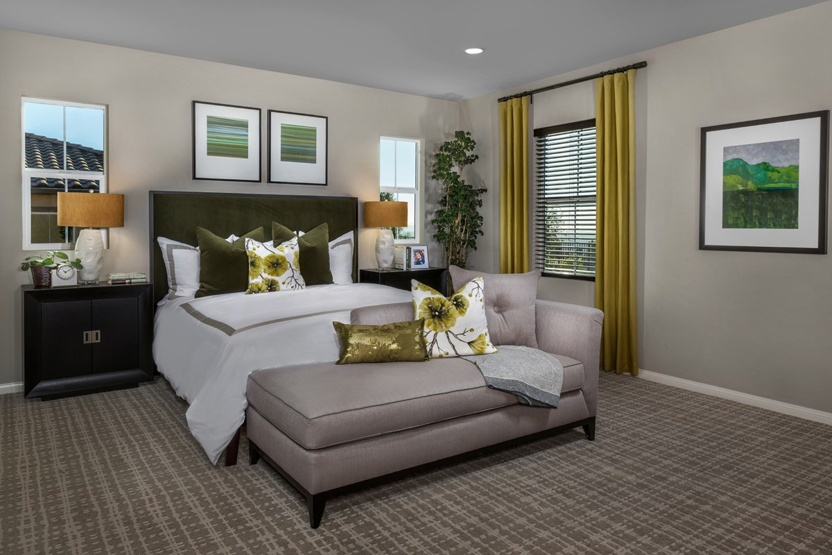 New Homes in Moreno Valley, CA - Daybreak Residence 2977 - Master Bedroom