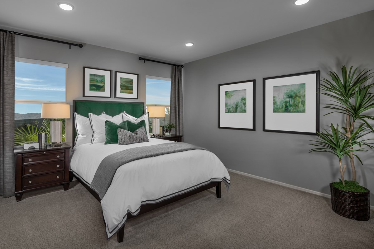 New Homes in Victorville, CA - Falcon Ridge Residence 1779 - Master Bedroom