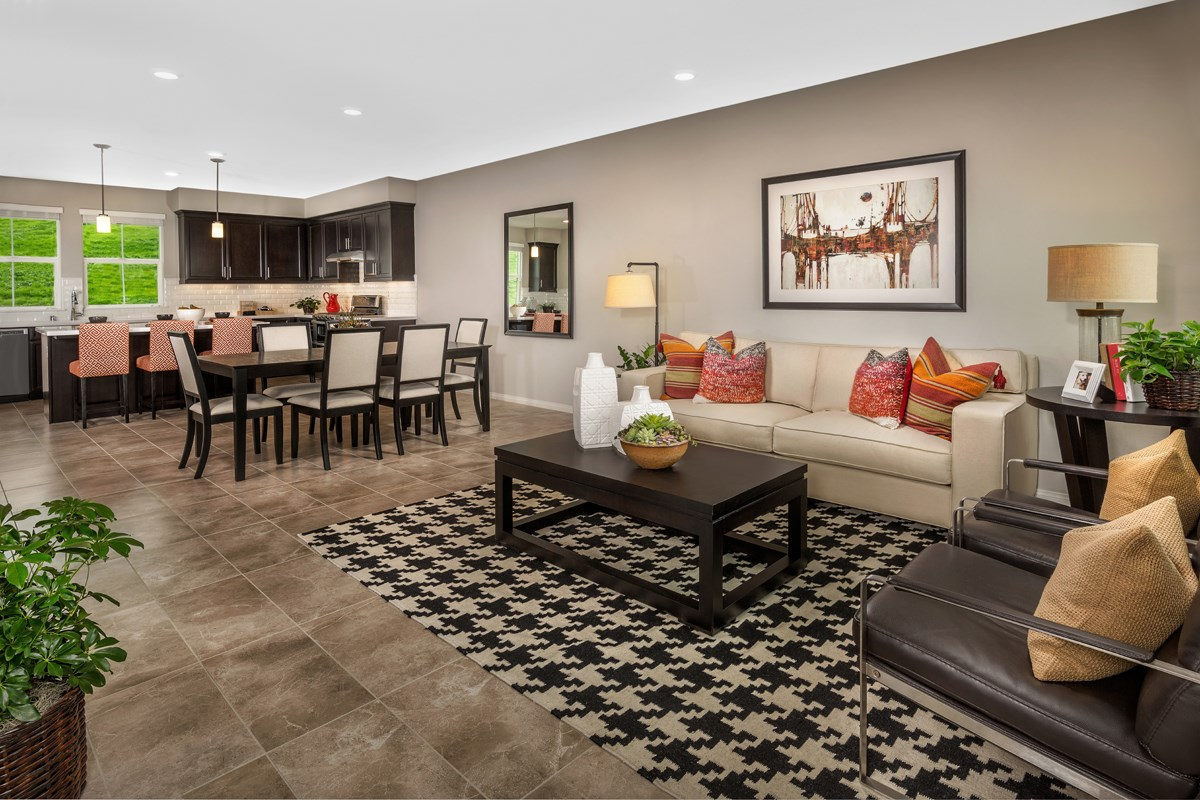 New Homes in Chino Hills, CA - Jade Tree Unit One - Great Room