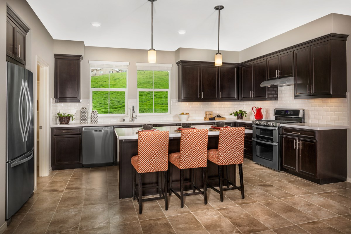 New Homes in Chino Hills, CA - Jade Tree Unit One - Kitchen