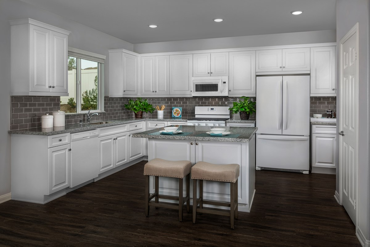 New Homes in Riverside, CA - Monterey at Spring Mountain Ranch Residence Five - Kitchen