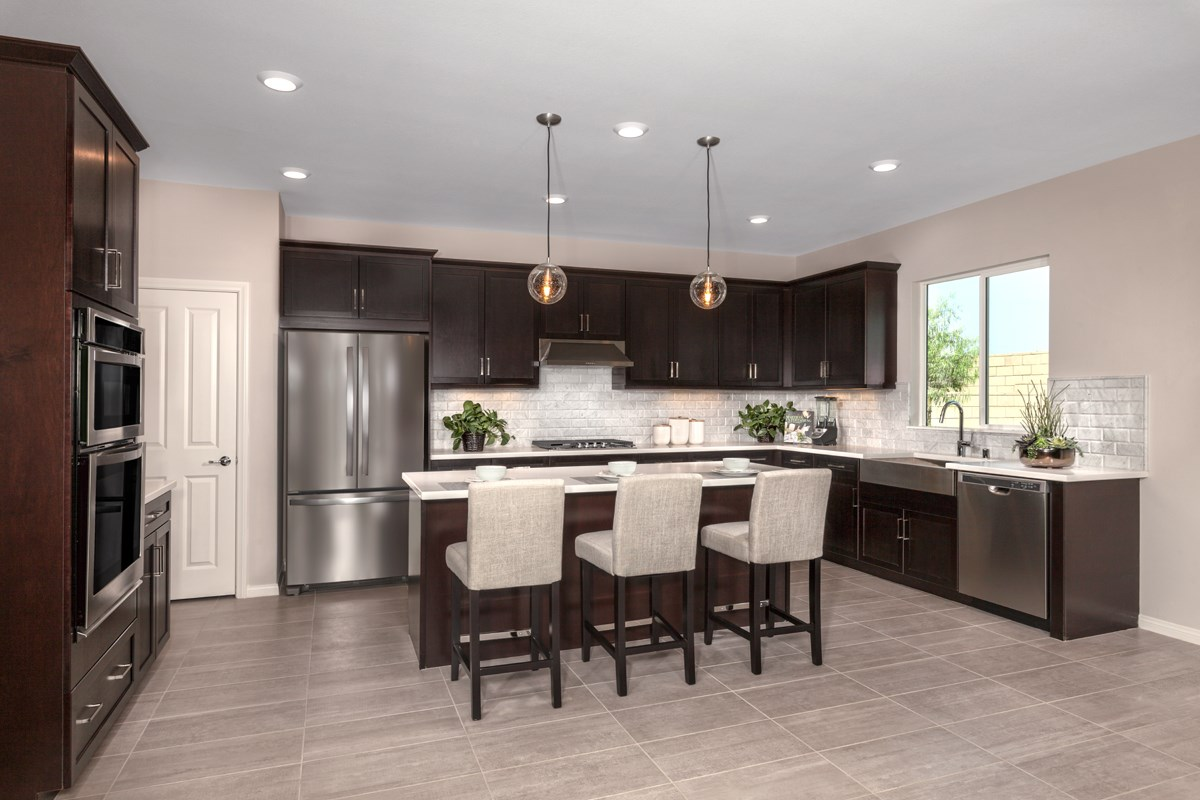 New Homes in Ontario Ranch, CA - Northpark Residence 2403 - Kitchen