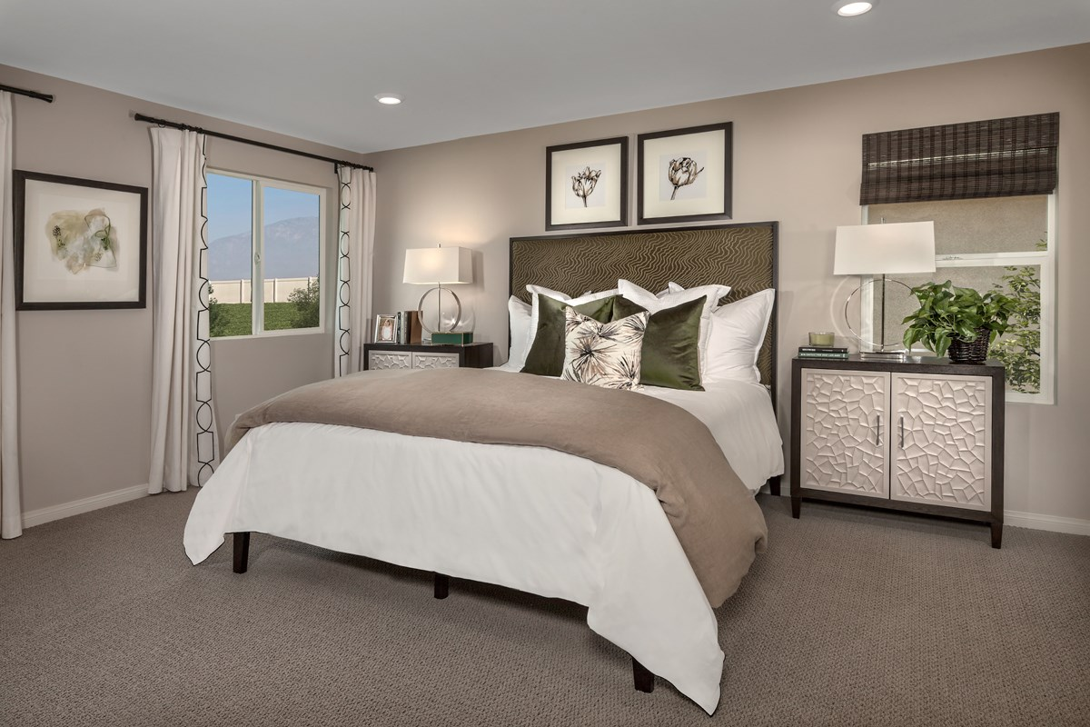 New Homes in Ontario Ranch, CA - Northpark Residence 2403 - Master Bedroom