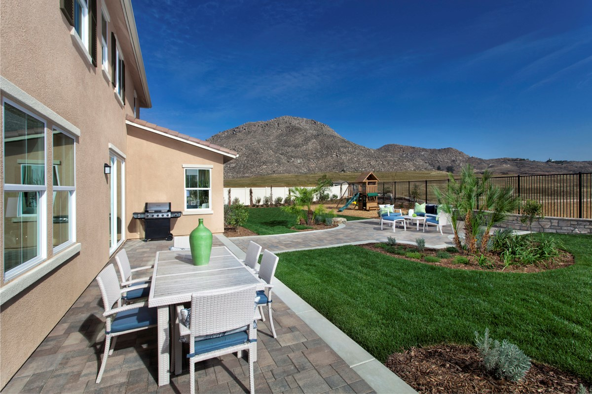 New Homes in Riverside, CA - Presidio Point at Spring Mountain Ranch Residence Four Patio
