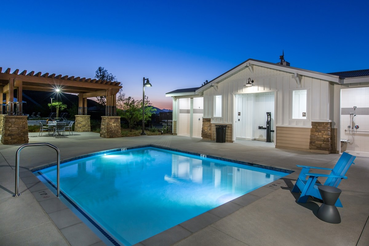New Homes in Menifee, CA - Silvercreek at Audie Murphy Ranch The Plunge - Community Spa