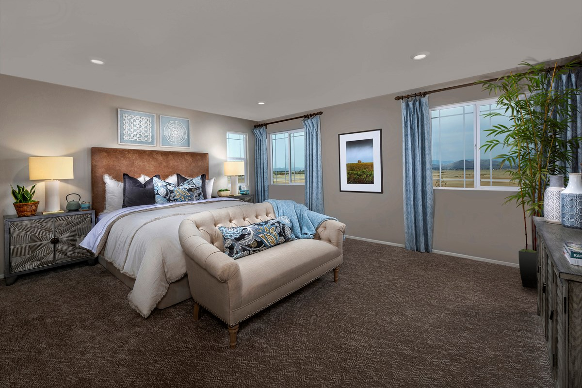 New Homes in South Perris, CA - Stonecreek at Green Valley Ranch Residence 2461 - Master Bedroom