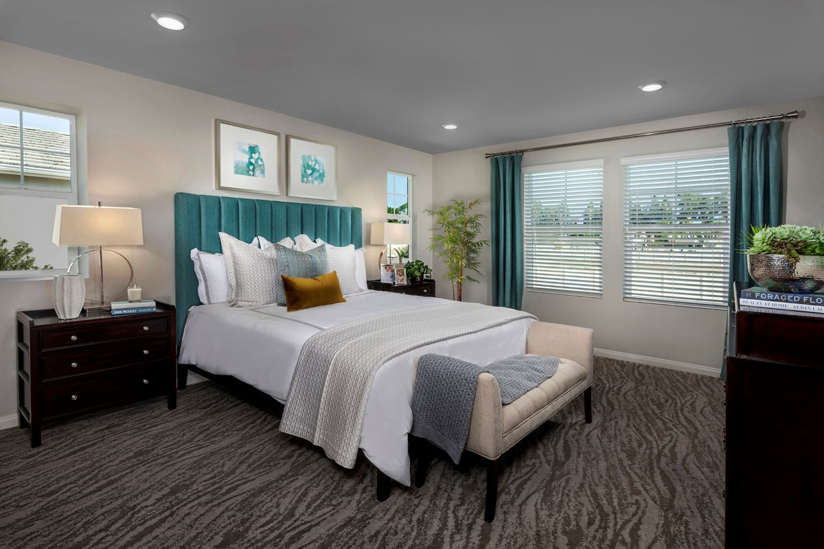 New Homes in Ontario, CA - The Cottages on 4th Residence 2174 - Master Bedroom