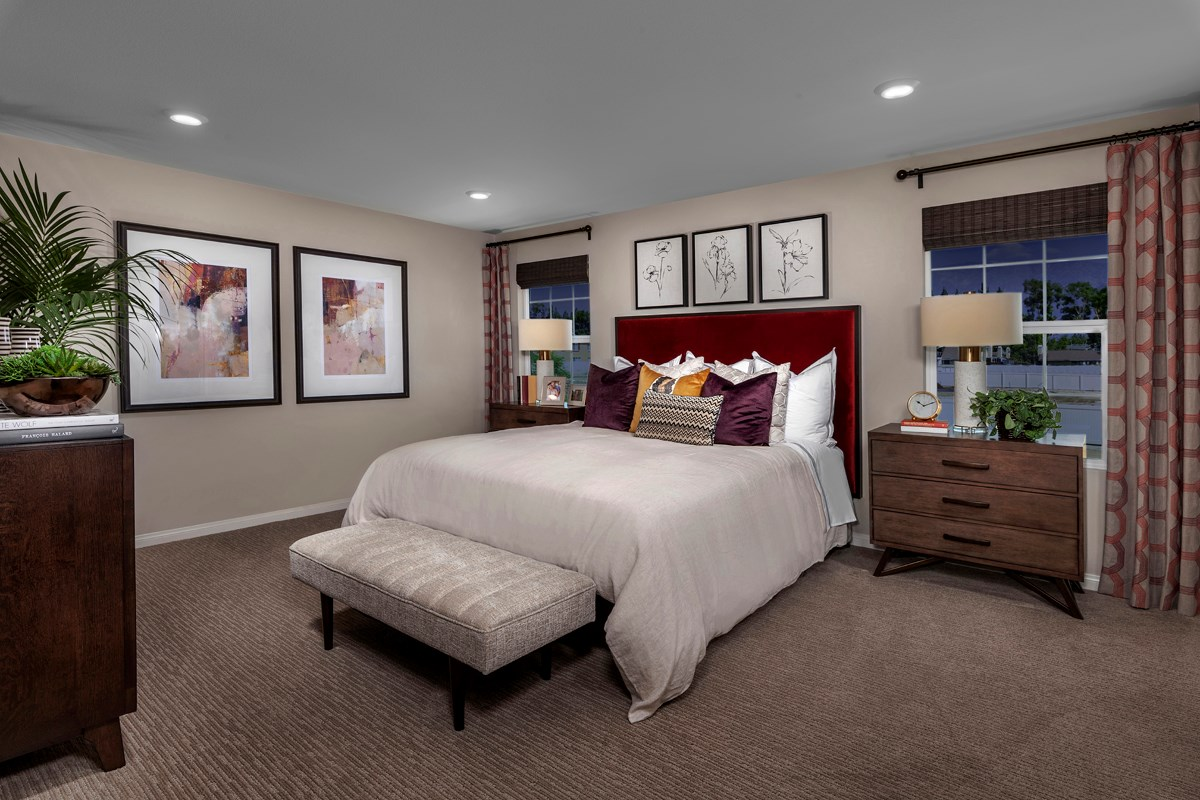 New Homes in Ontario, CA - The Cottages on 4th Residence 2256 - Master Bedroom