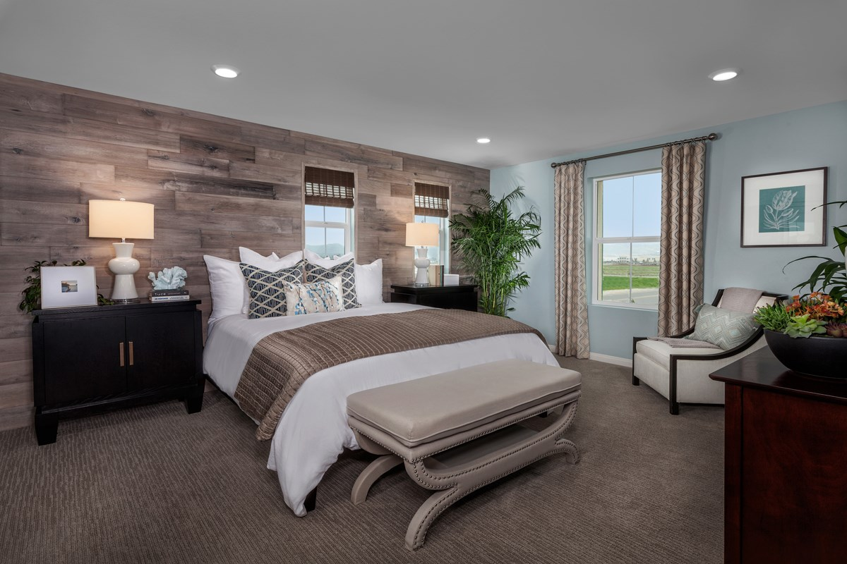 New Homes in Chino, CA - Turnleaf Residence 1789 - Master Bedroom