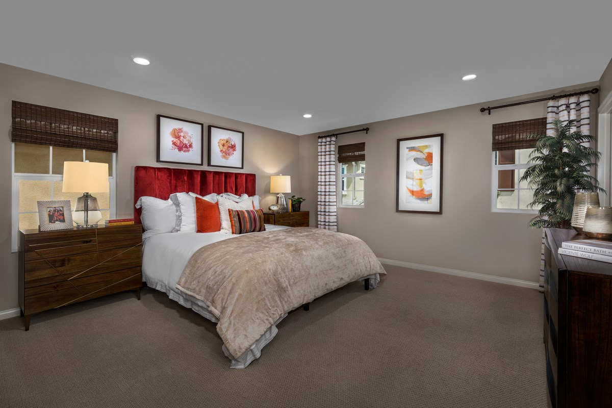 New Homes in Chino, CA - Turnleaf Residence 1879 - Master Bedroom