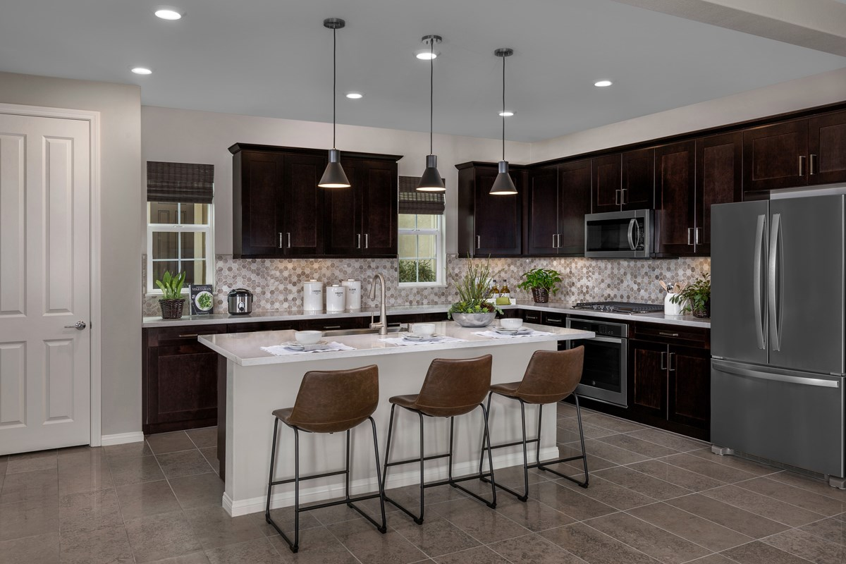 New Homes in Chino, CA - Turnleaf Residence 2464 - Kitchen
