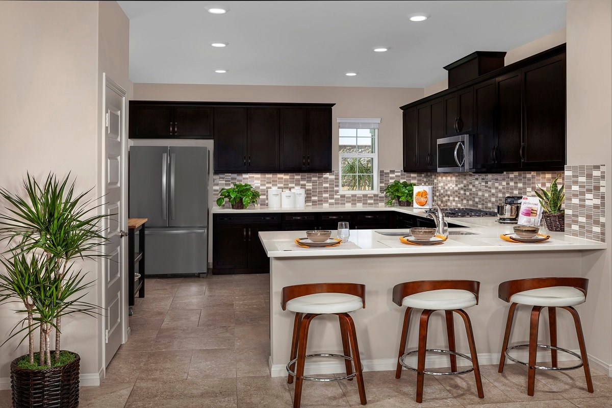 New Homes in Ontario Ranch, CA - Willowmore at Park Place Residence 2335 - Kitchen