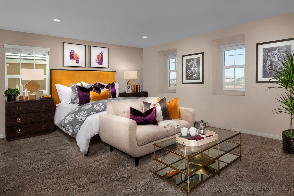 New Homes in Ontario Ranch, CA - Willowmore at Park Place Residence 2335 - Master Bedroom