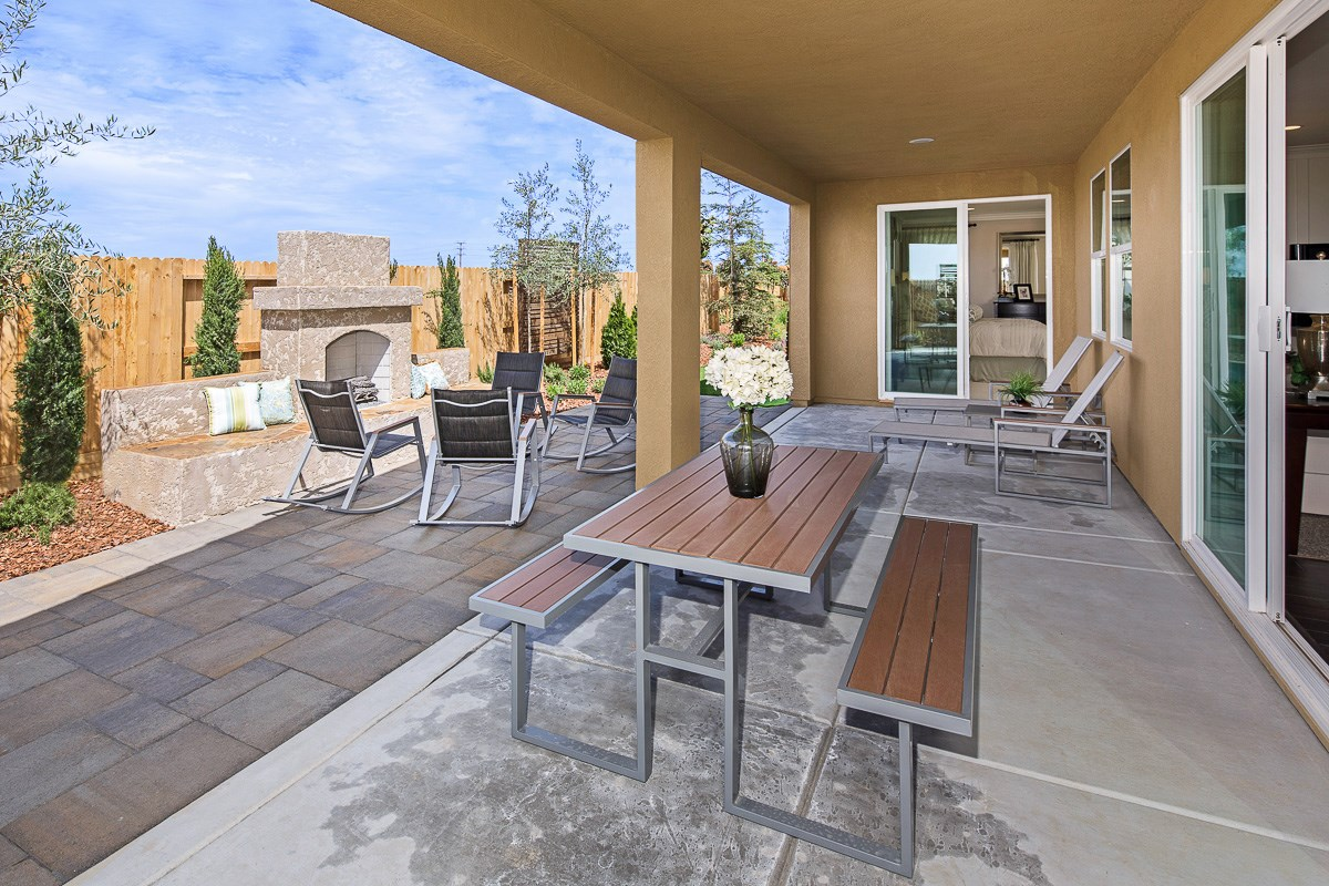 New Homes in Roseville, CA - Legato at WestPark The Oliver - Patio