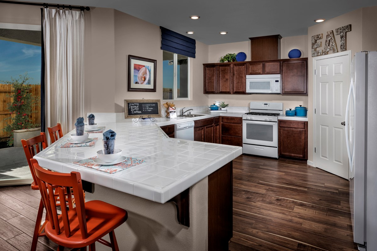 New Homes in Sacramento, CA - Montauk at The Hamptons Plan 2487 - Kitchen