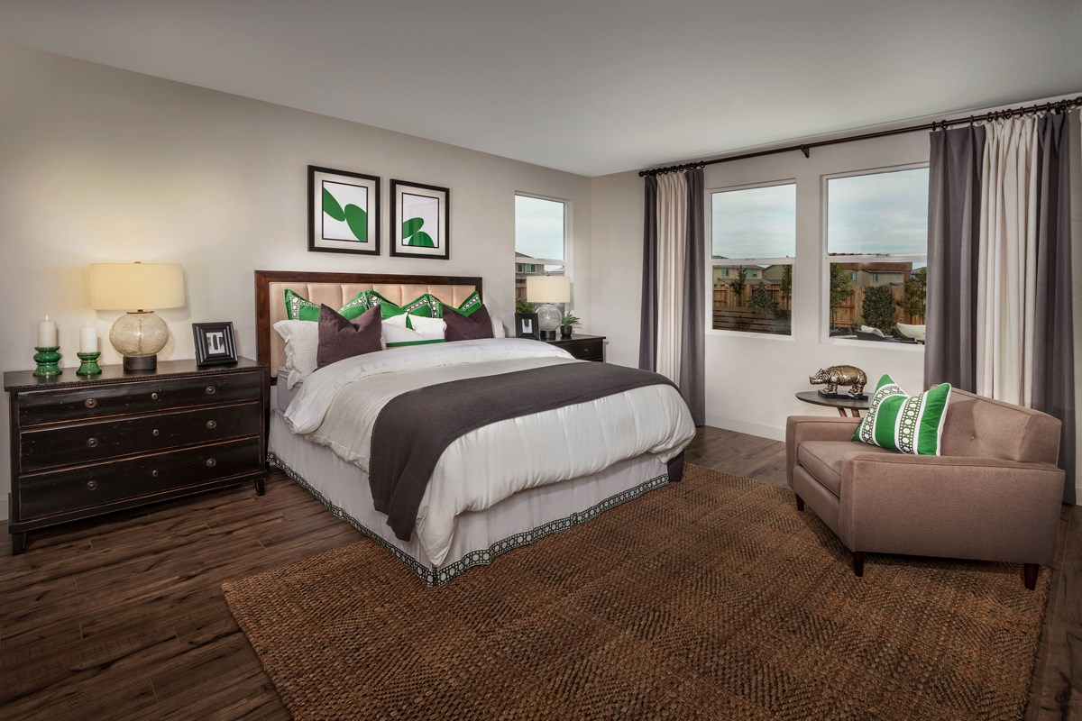New Homes in Manteca, CA - Palermo Estates Plan 2354 Master Bedroom