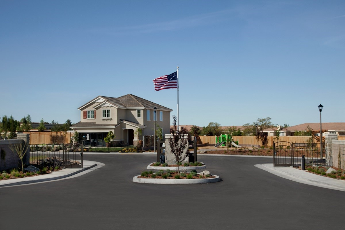 New Homes in Rocklin, CA - Pebble Creek Plan 1816 Front Gate