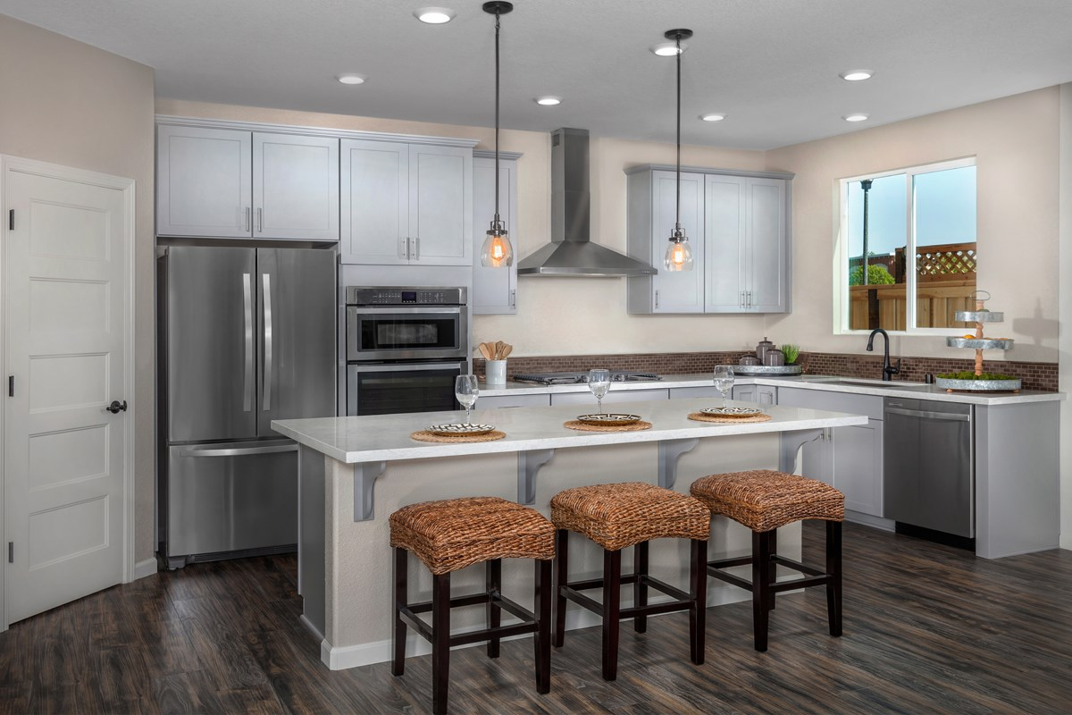 New Homes in Rocklin, CA - Pebble Creek Plan 1816 Kitchen