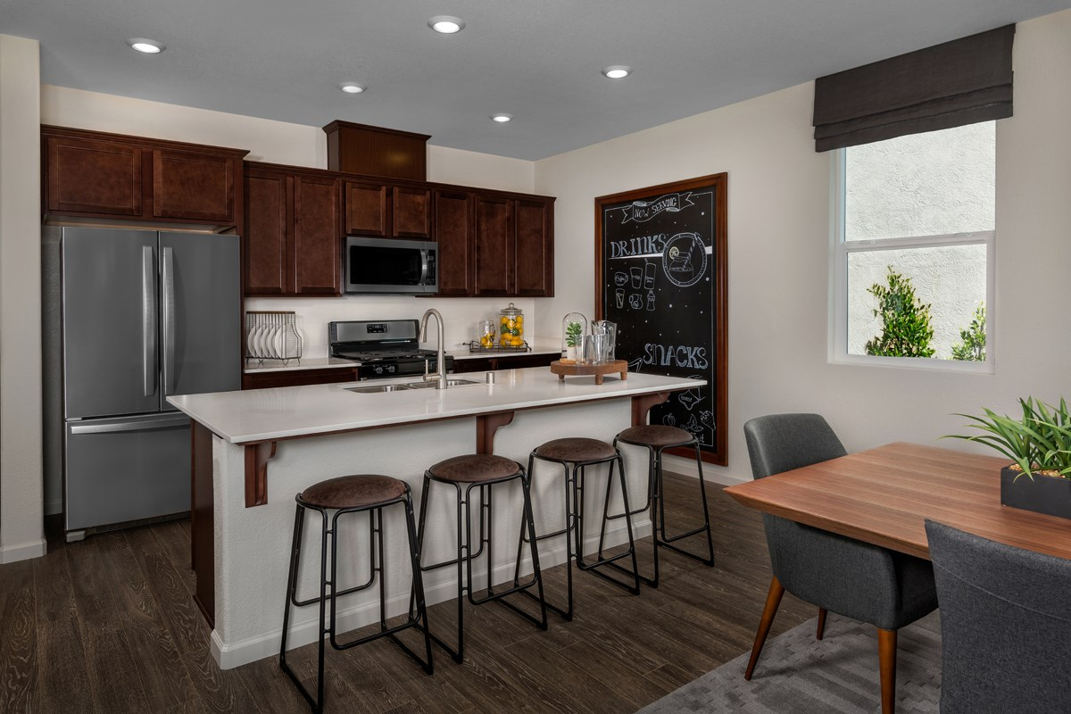New Homes in Sacramento, CA - Shasta Ridge Plan 1718 Kitchen