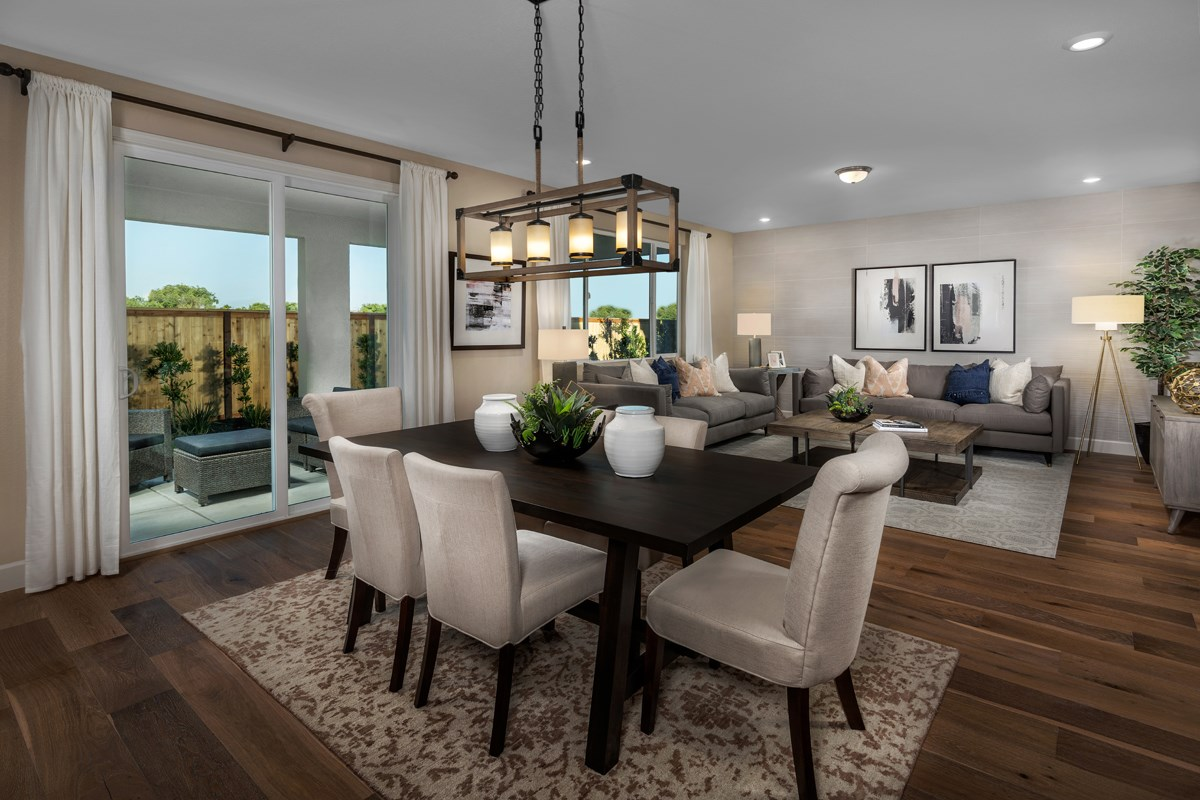New Homes in Sacramento, CA - Shasta Ridge Plan 2376 Great Room
