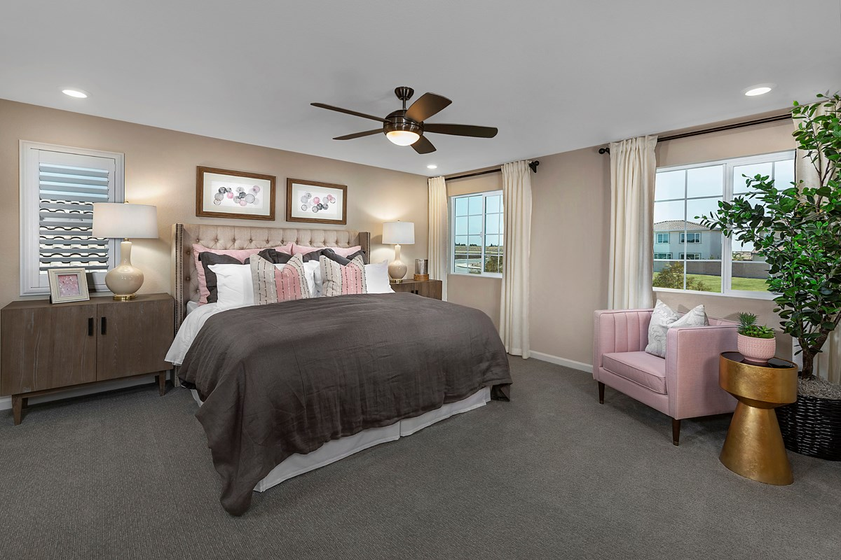 New Homes in Lincoln, CA - Ventana Plan 2674 Master Bedroom