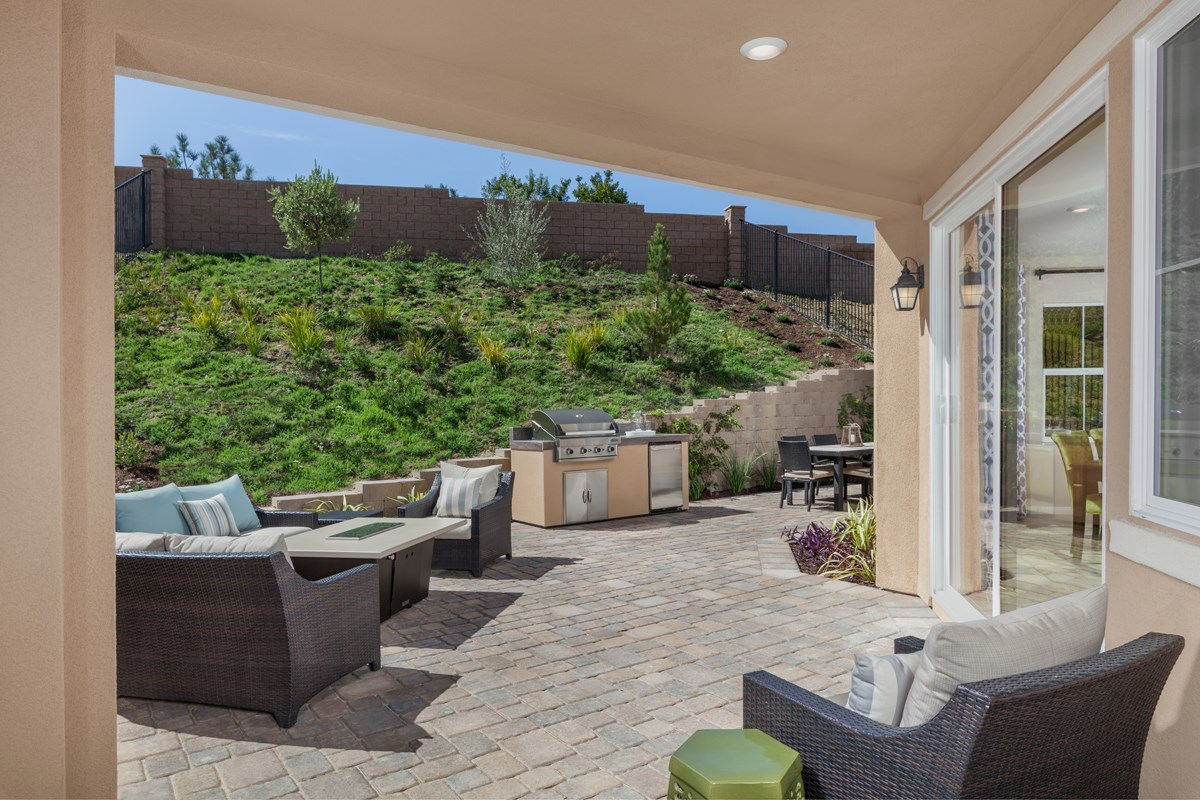 New Homes in San Diego, CA - Sea Cliff II Residence 3907 - Rear Yard Patio