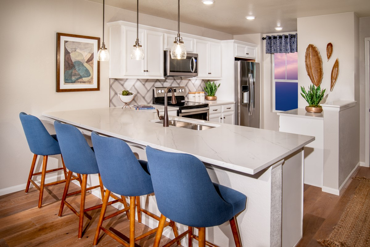 New Homes in Aurora, CO - Sky Ranch Aspire - Kitchen as modeled at The Lakes at Centerra