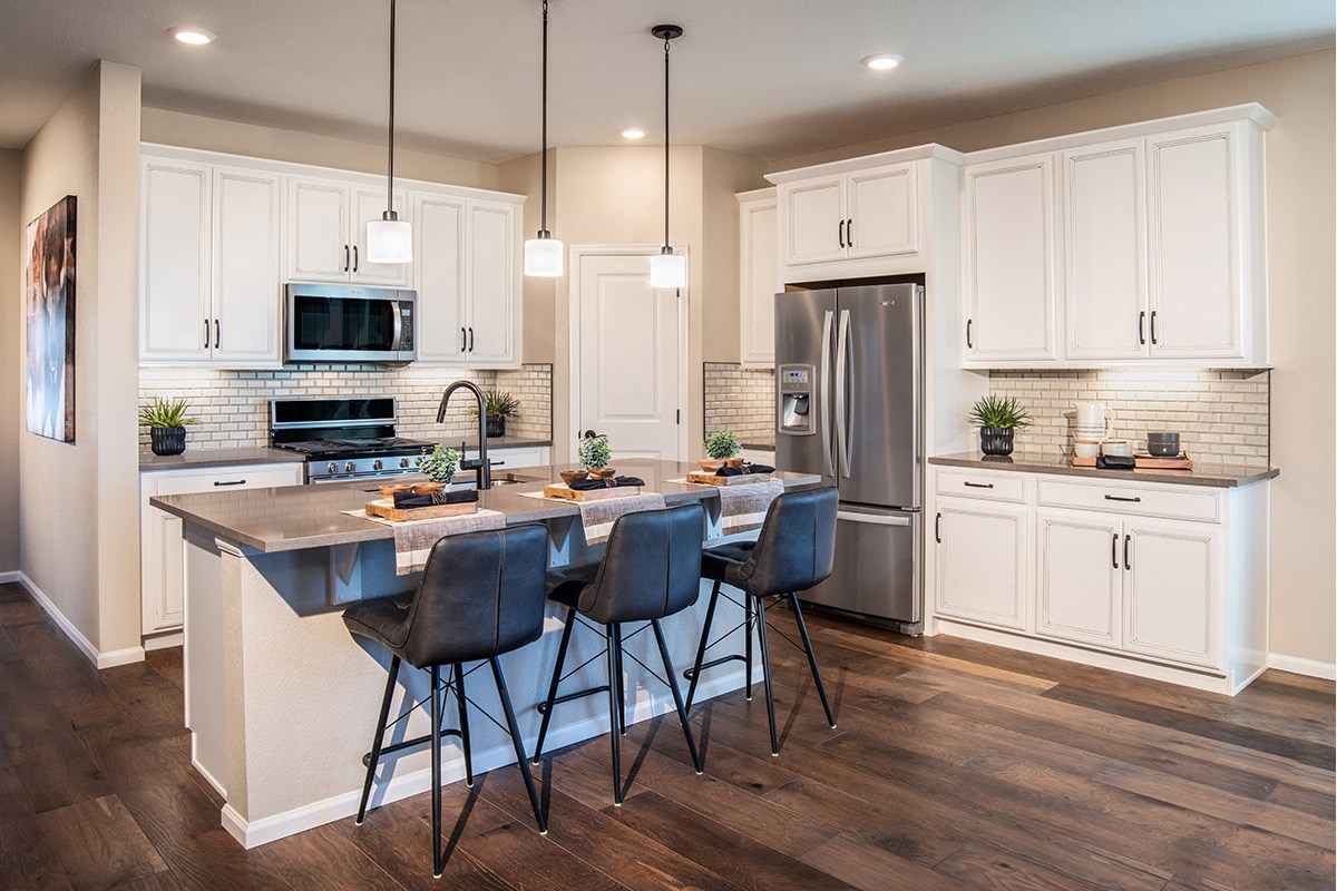 New Homes in Aurora, CO - Copperleaf Hawthorn - Kitchen