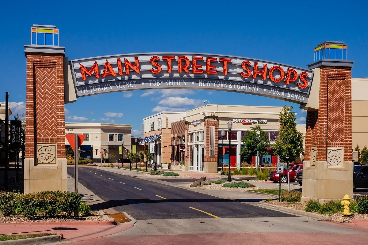 New Homes in Denver, CO - Stapleton Wildflower Collection Shops at Northfield Stapleton