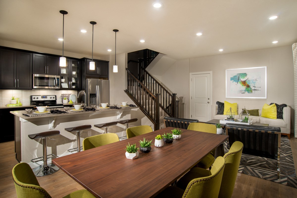 New Homes in Aurora, CO - Highland Villas Spruce Great Room