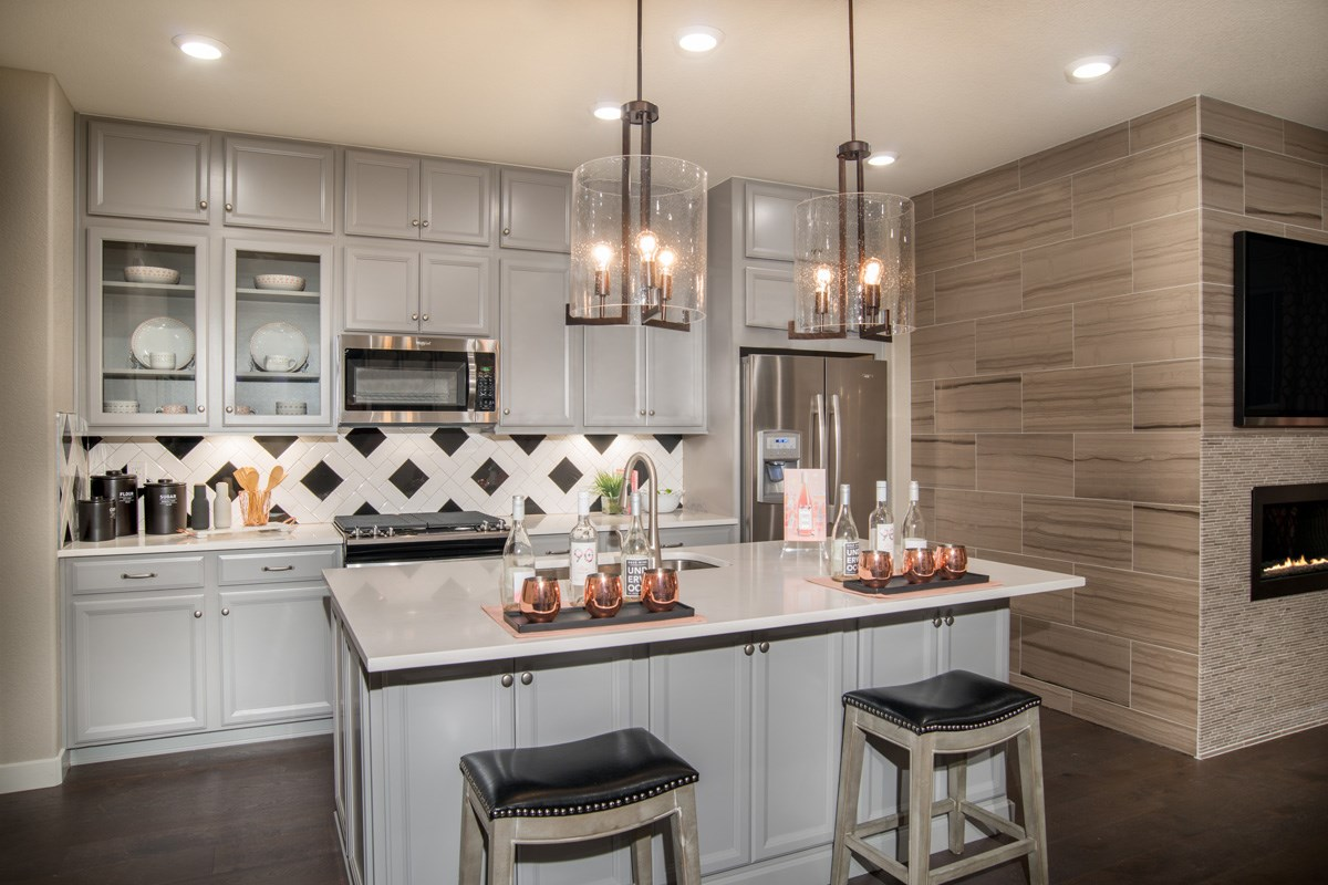 New Homes in Aurora, CO - Highland Villas Willow Kitchen