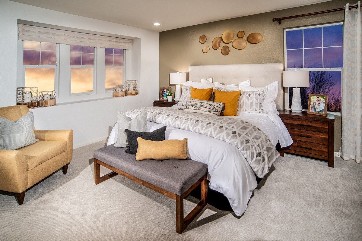New Homes in Thornton, CO - Homestead Hills Villas Redwood Master Bedroom