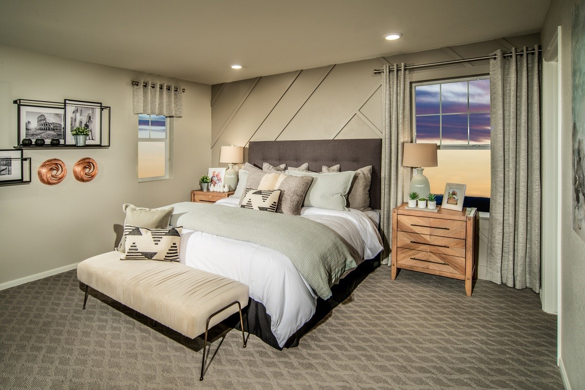 New Homes in Thornton, CO - Homestead Hills Villas Willow Master Bedroom