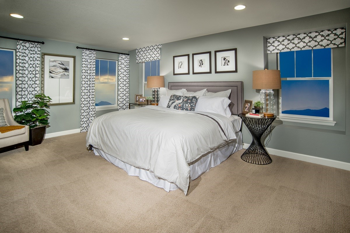 New Homes in Commerce City, CO - Reunion Lafayette Master Bedroom
