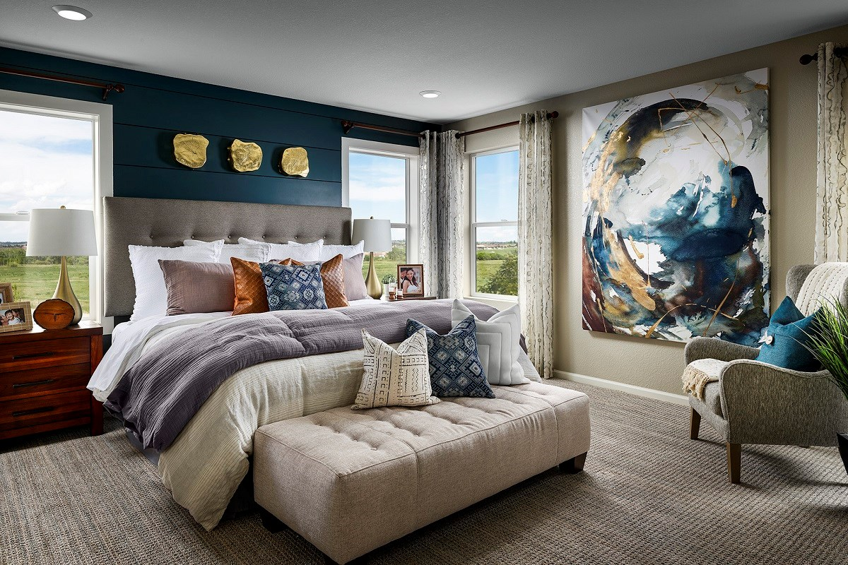 New Homes in Aurora, CO - Sky Ranch Sparkle - Master Bedroom