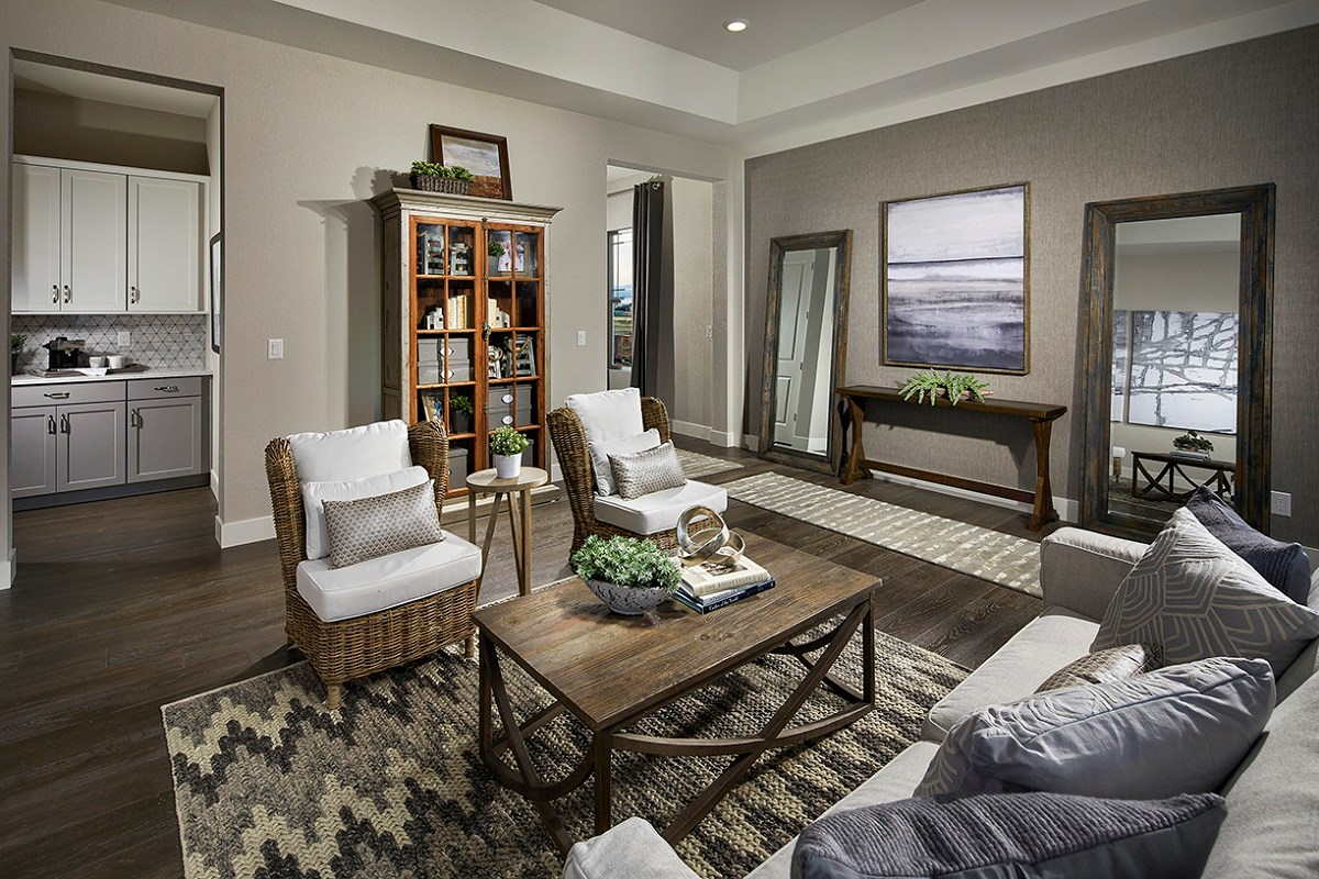 New Homes in Longmont, CO - The Estates at Somerset Meadows Domina Living Room