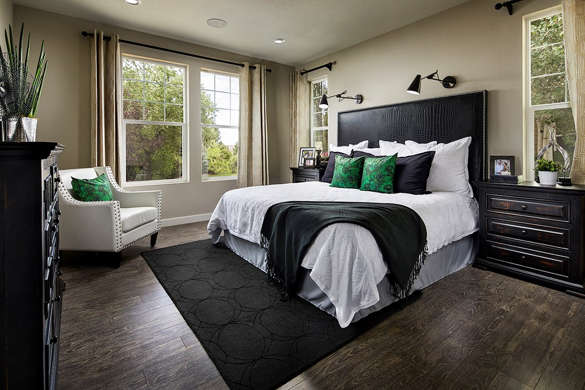 New Homes in Longmont, CO - The Reserve at Somerset Meadows  Crestview Master Bedroom