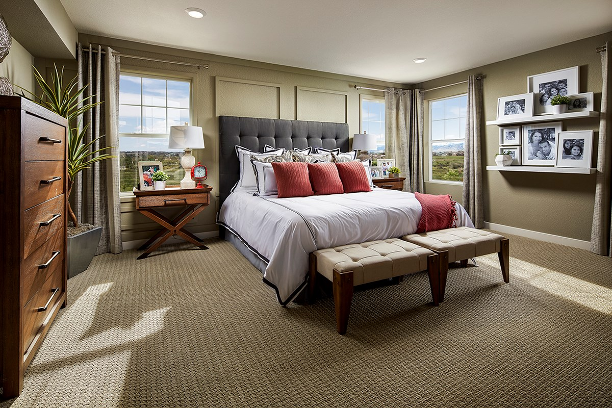 New Homes in Longmont, CO - The Reserve at Somerset Meadows  Montrose Master Bedroom