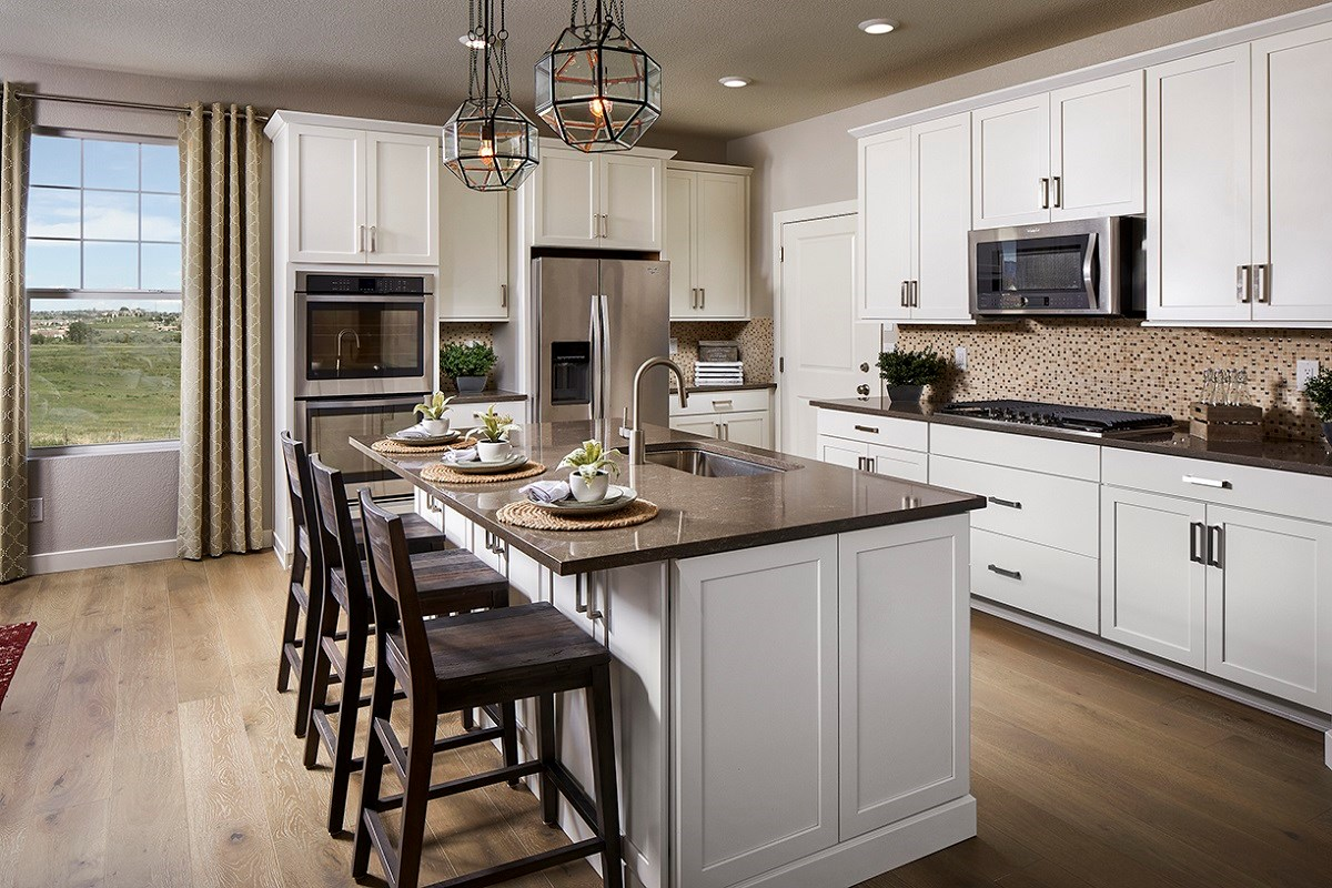 New Homes in Longmont, CO - The Reserve at Somerset Meadows  Montrose Kitchen