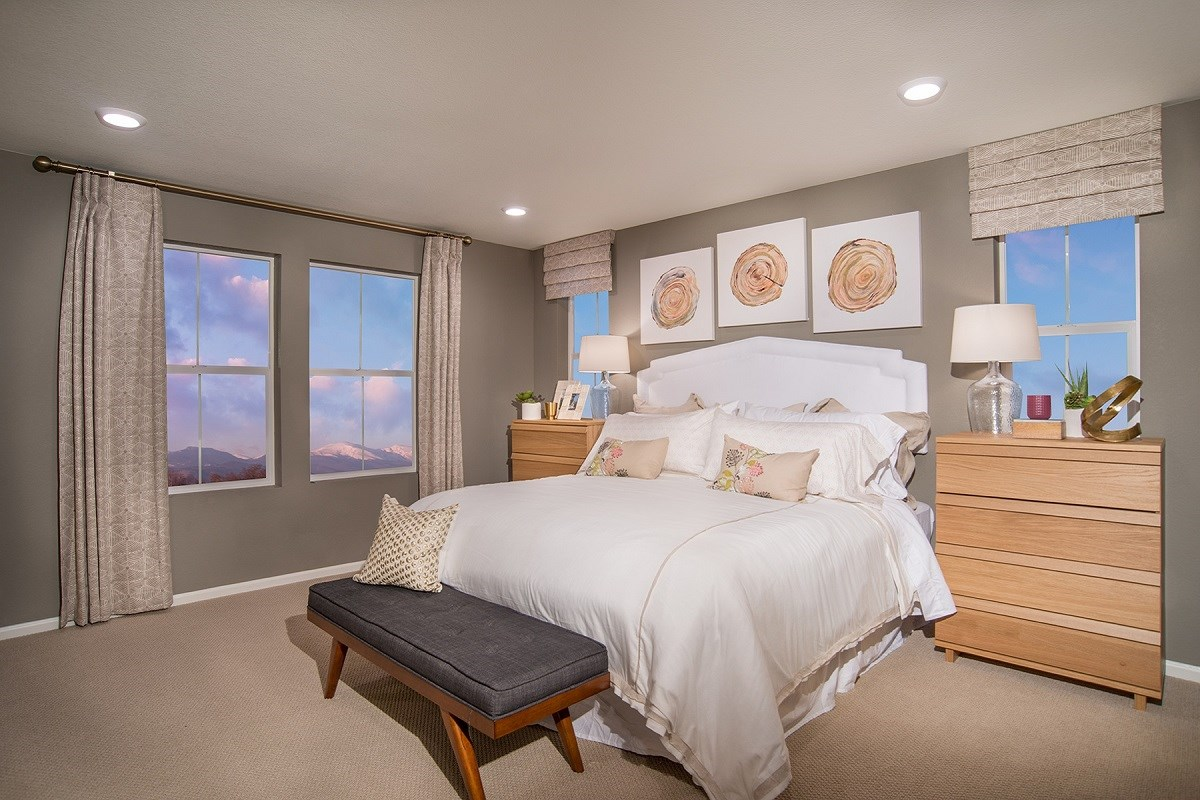 New Homes in Aurora, CO - Stapleton Villa Collection at Bluff Lake Hemlock Master Bedroom